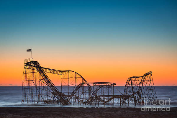 Nikon Wall Art - Photograph - The Iconic Star Jet Roller Coaster by Michael Ver Sprill