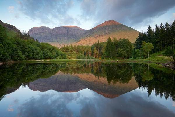 Bidean Nam Bian Photograph - The Last Of The Light At The Torren Lochan by Stephen Taylor