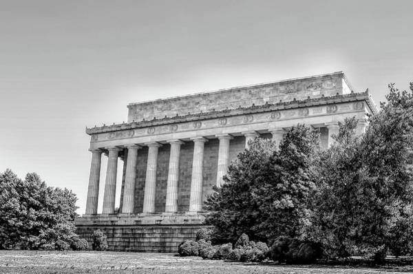 Wall Art - Photograph - The Lincoln Memorial In Black And White by Bill Cannon