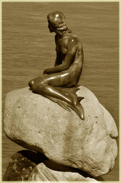 Wall Art - Photograph - The Little Mermaid. by Terence Davis