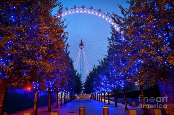 Wall Art - Photograph - The London Eye At Night by Donald Davis