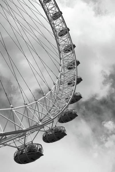 Photograph - The London Eye, London, England by Richard Goodrich
