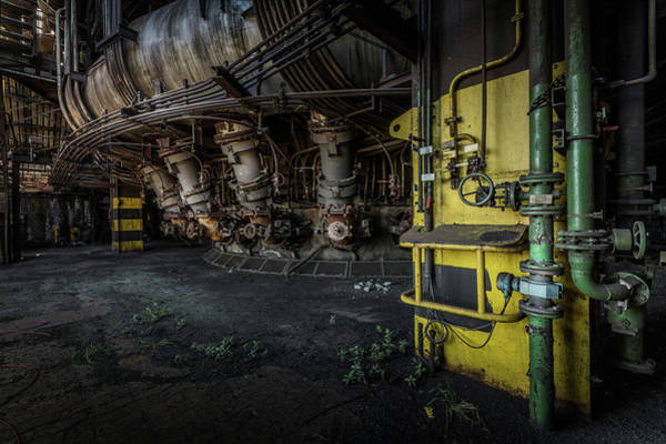 Photograph - The Machinist by Mario Visser