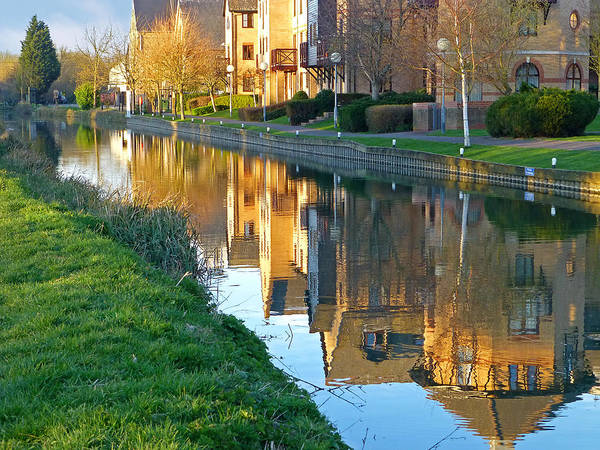Photograph - The Maltings Reflections by Gill Billington