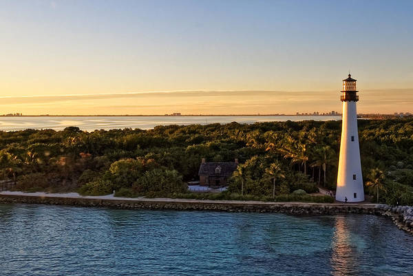 Photograph - The Miami Lighthouse   by Lars Lentz