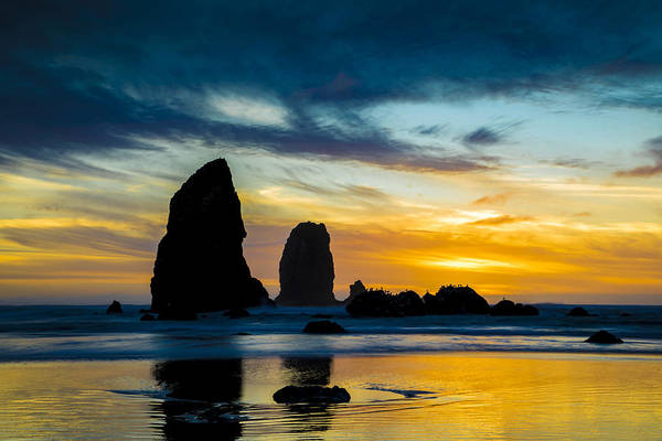 Pnw Wall Art - Photograph - The Mighty Pacific by Peter Irwindale