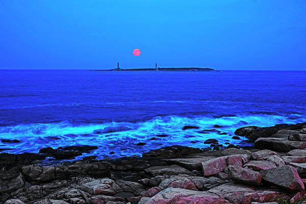 Photograph - The Moon Rising Over Thacher Island Rockport Ma by Toby McGuire