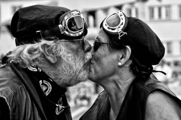 Kissing Photograph - The Motard Kiss by Luis Sarmento
