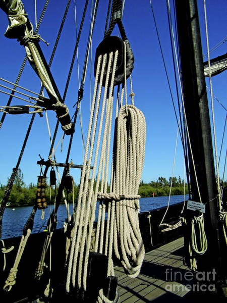 Floating Museum Photograph - The Ninas Rigging by D Hackett