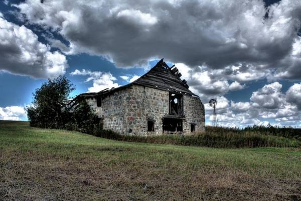 Photograph - The Old Barn by David Matthews