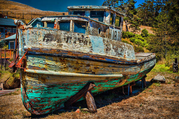 Dry Dock Photograph - The Old Black Pearl  by Garry Gay