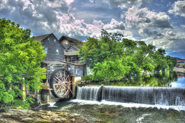Spillway Photograph - The Old Mill Pigeon Forge Tn by Reid Callaway
