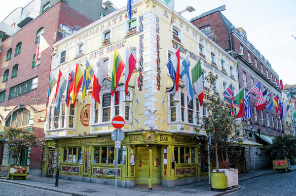 Wall Art - Photograph - The Oliver St John Gogarty Bar - Dublin - Ireland by Bill Cannon