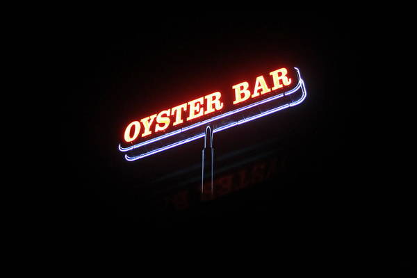 Photograph - The Oyster Bar by Richard Parks