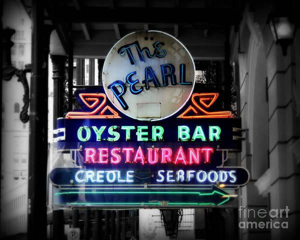 Vintage Neon Sign Photograph - The Pearl by Perry Webster