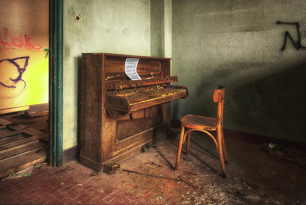 Photograph - The Piano by Enrico Pelos