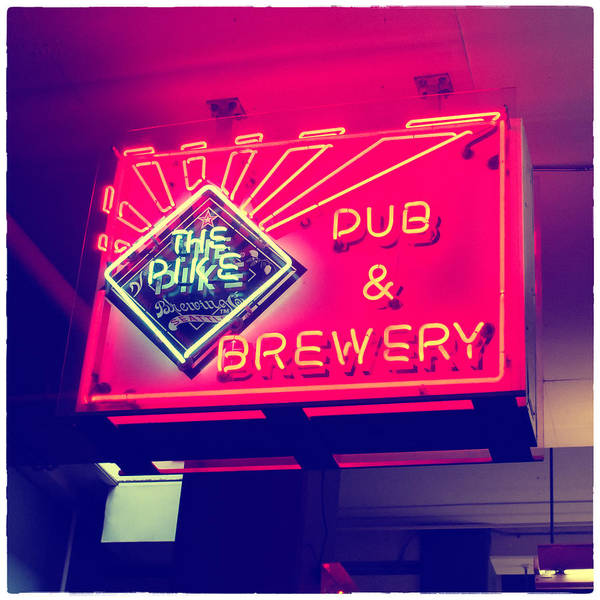 Pikes Place Photograph - The Pike Pub by Tanya Harrison