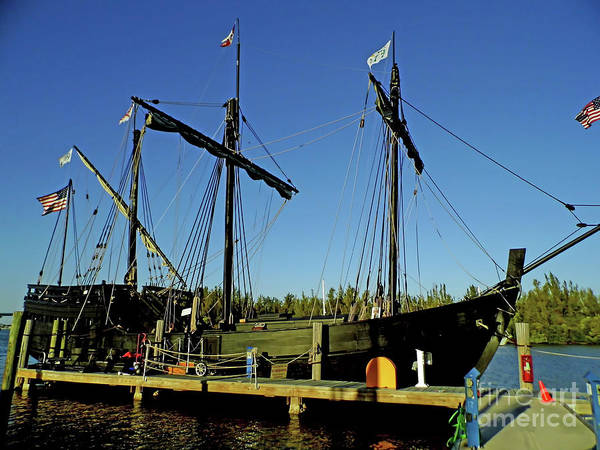 Floating Museum Photograph - The Pinta by D Hackett