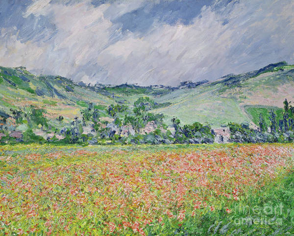 1885 Wall Art - Painting - The Poppy Field Near Giverny by Claude Monet