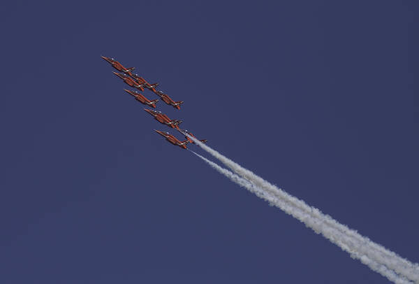 Red Arrows Photograph - The Red Arrows by Nigel Jones
