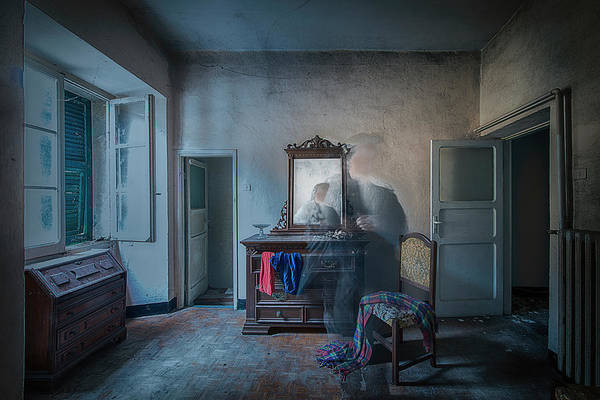 Photograph - The Room Of The Castle Of The Phantom Of The Mirror by Enrico Pelos