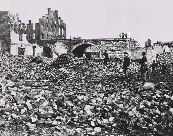 Richmond Bridge Wall Art - Photograph - The Ruins Of Richmond, Virginia, 1865  by Andrew Joseph Russell