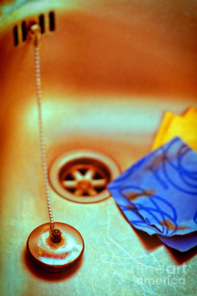 Wall Art - Photograph - The Sink by Silvia Ganora