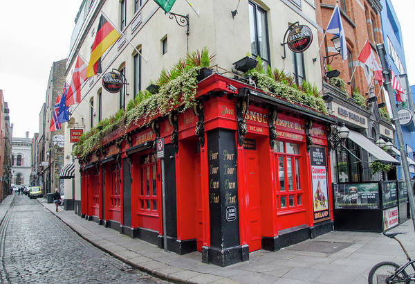 Temple Bar Wall Art - Photograph - The Snug - Temple Bar - Dublin Ireland by Bill Cannon
