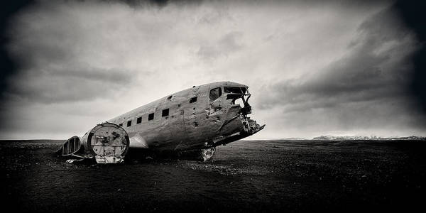 Black Cloud Photograph - The Solheimsandur Plane Wreck by Tor-Ivar Naess
