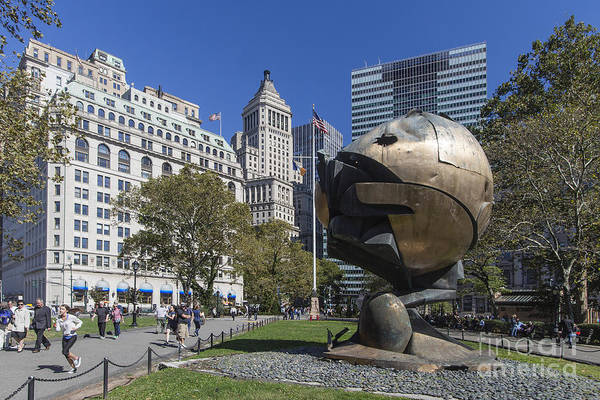 Photograph - The Sphere Batterie Park Nyc by Juergen Held