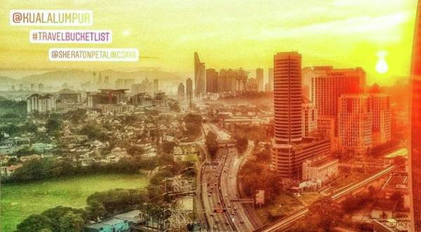 Actor Wall Art - Photograph - The Splendor Of A Sunrise In Any City by Cheryl Elizabeth Taylor