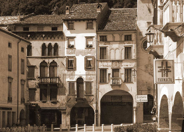 Photograph - The Streets Of Vittorio Veneto by Donna Corless