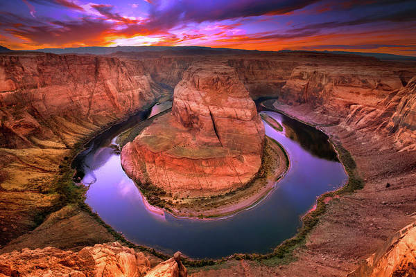 Horseshoe Bend Photograph - The Turn by Mikes Nature