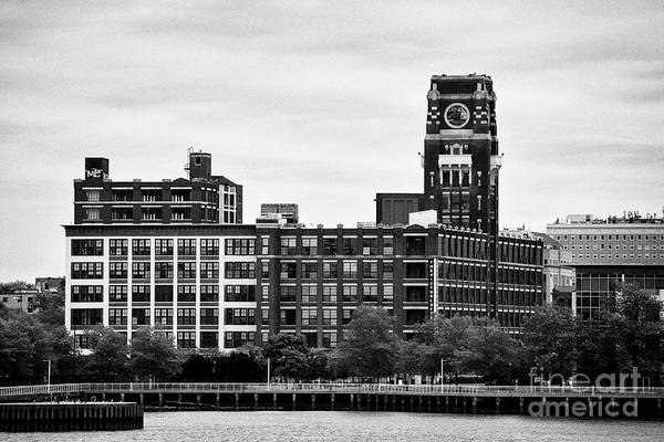 Wall Art - Photograph - The Victor Lofts Building Former Radio Corp Of America 'nipper' Building On The Camden Waterfront Ne by Joe Fox