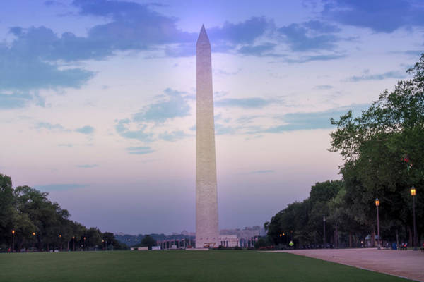 Photograph - The Washington Monument At Dawn by Marvin Bowser
