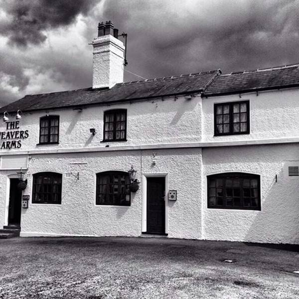 Wall Art - Photograph - The Weavers Arms, Fillongley by John Edwards