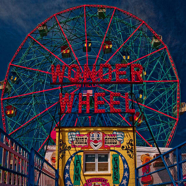 Photograph - The Wonder Wheel At Luna Park by Chris Lord