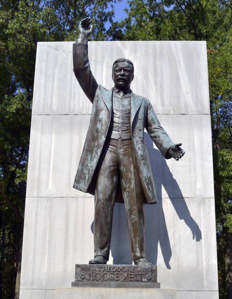Roosevelt Island Photograph - Theodore Roosevelt Island - Memorial Statue by Brendan Reals