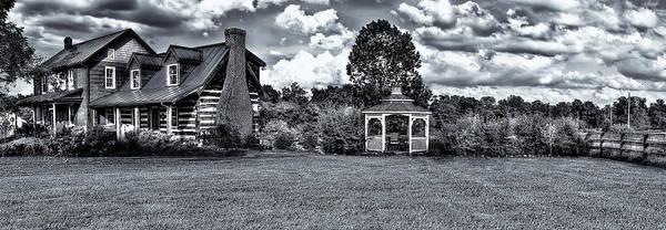 Photograph - This Farm House by Reynaldo Williams