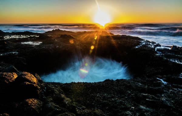 Cape Perpetua Wall Art - Photograph - Thor's Well 2 by Pelo Blanco Photo