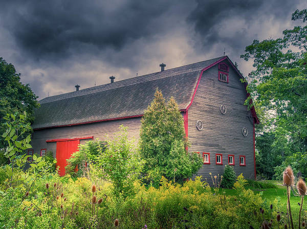 Photograph - Three Wheels Barn #458 by Guy Whiteley