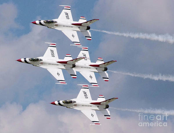 F-16 Photograph - Thunderbird Diamond Formation by Stephen Roberson