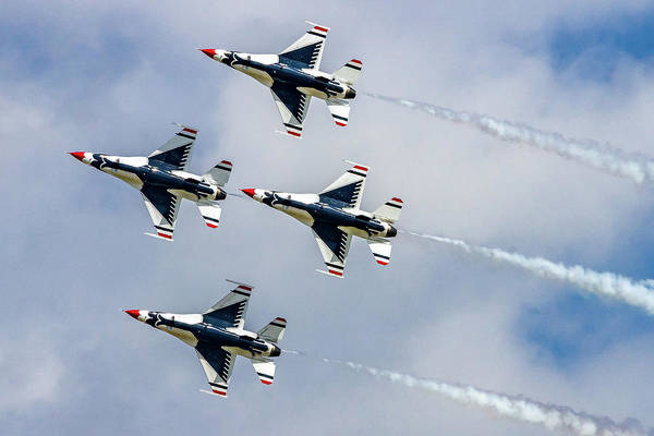 Wall Art - Photograph - Thunderbirds In Formation by Bill Gallagher