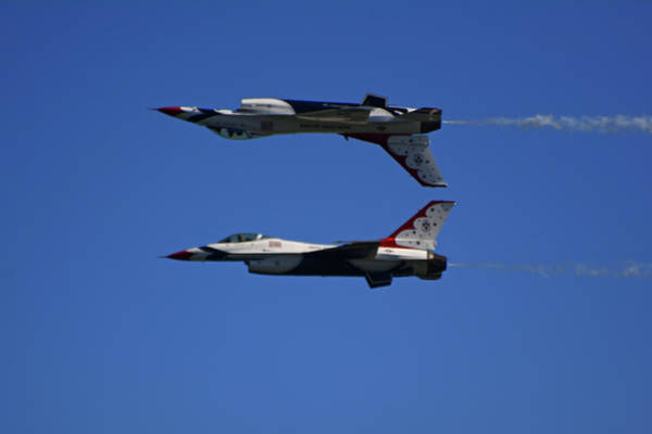 Photograph - Thunderbirds Reflective Pass by Raymond Salani III