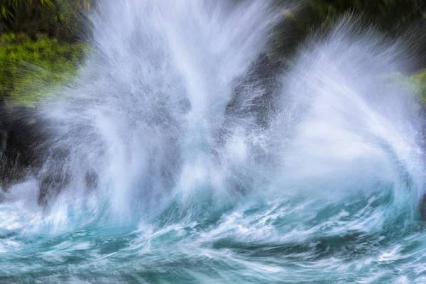 Photograph - Thunderous Waves by Jon Glaser