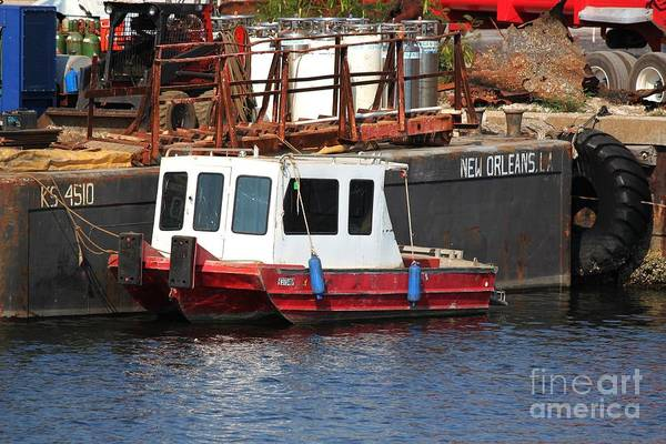 Port Of Tampa Wall Art - Photograph - Tiny Tug by Theresa Willingham