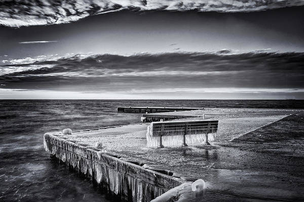 Photograph - To Cold To Sit by David Heilman
