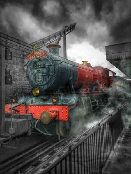 Hogwarts Wall Art - Photograph - To Hogwarts  by Luis Rosario