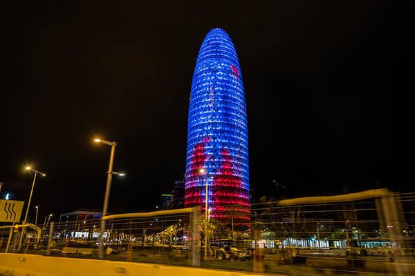 Photograph - Torre Agbar by Randy Scherkenbach