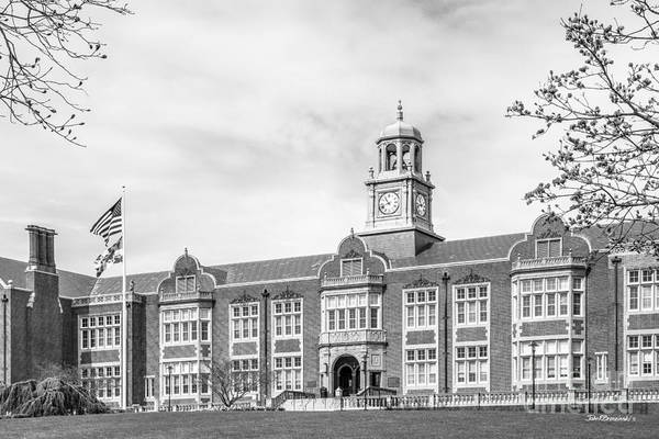 Photograph - Towson University Stephens Hall by University Icons